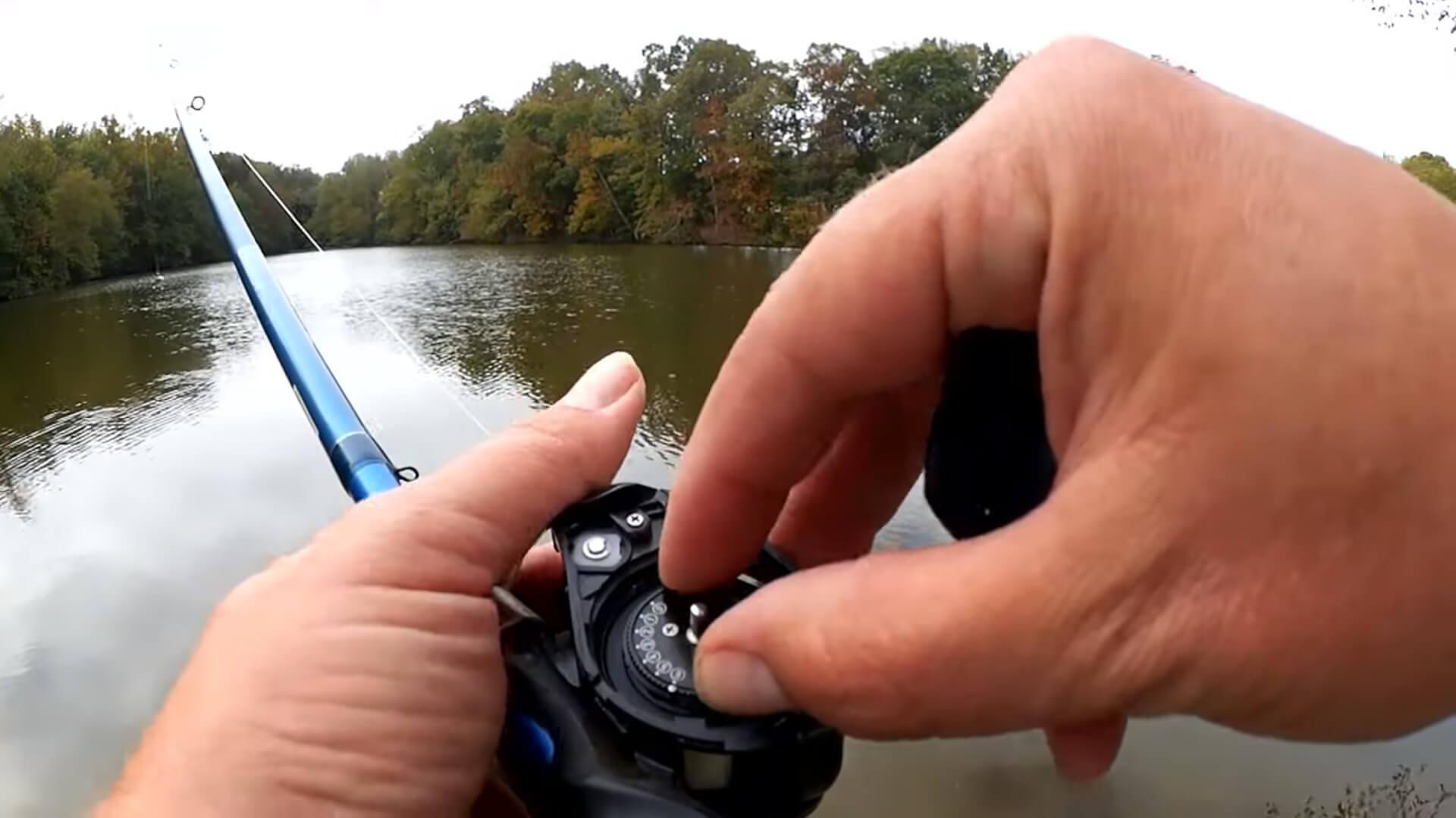 Easy Baitcaster Tips for Beginners how do brakes effect casting - Realistic Fishing