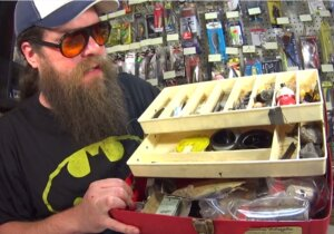 Someone Sent Me a Tackle Box Full of Antique Fishing Lures and Tackle - Realistic Fishing